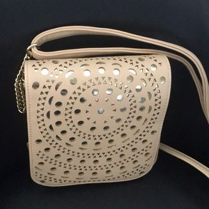 New Caramel Reticulated on Silver Crossbody Bag